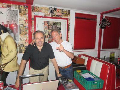 Dave Lovegrove (left)